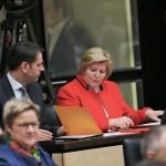 Olaf Lies und Cornelia Rundt in der Bundesratsbank der Niedersachsen