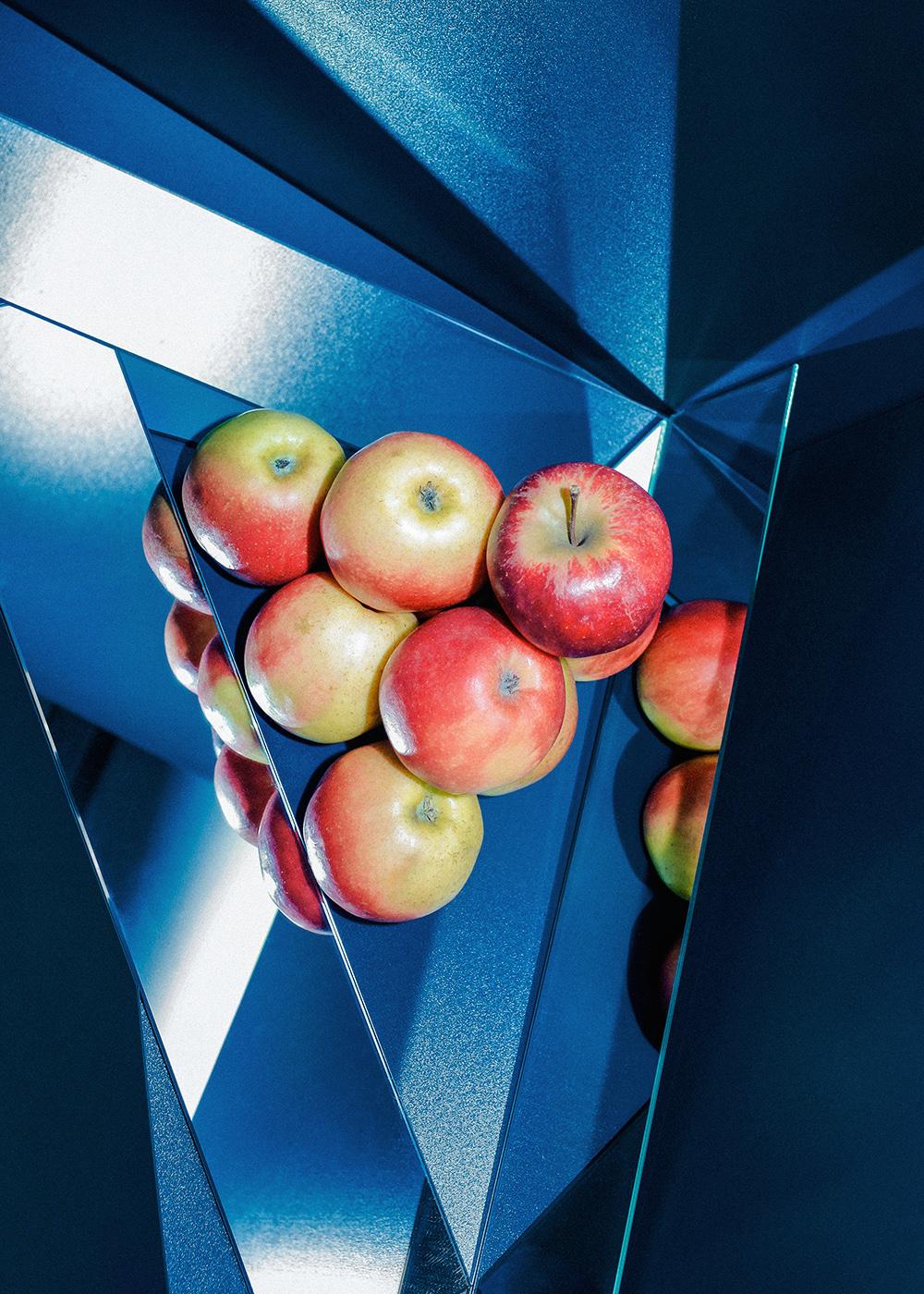 """untitled (structure 04)"", Fine Art Print on Photo Rag Paper, 35 x 25 cm, 2015 Edition of 3 + 2 AP. Courtesy der Künstler & Galerie Jette Rudolph, Berlin"