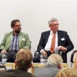 In der Podiumsdiskussion (v.l.n.r.): Karl Eugen Huthmacher (BMBF), MdB Peter Meiwald (Bündnis 90/Die Grünen), Dr. Werner Brinker (EWE AG) und MdB Marie Luise Dött (CDU/CSU-Bundestagsfraktion)