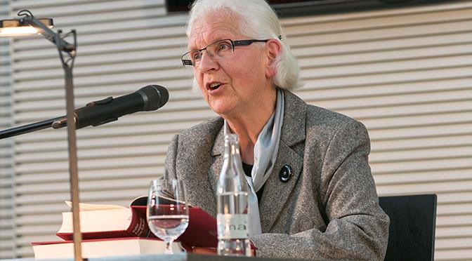 "Hildegard Kempowski liest aus dem ""Echolot"" – Foto: Yorck Maecke"