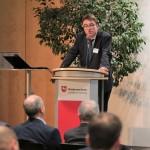Für die Bundesregierung spricht Christhard Gelau