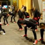 Zu schnell für die Kamera- die Tanzgruppe Trinity bei ihrem Auftritt