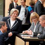Die Niedersachsen kurz vor Beginn des Plenums